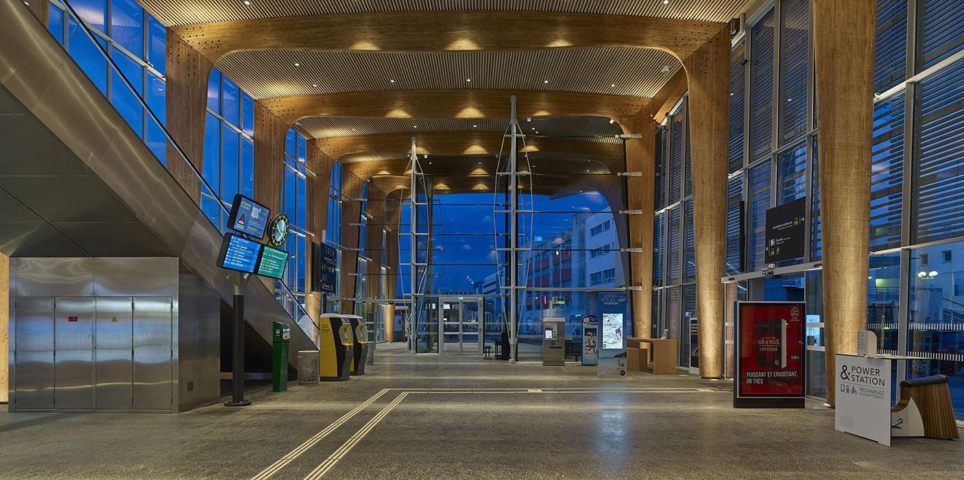 http://gaetankohler.com/files/gimgs/th-66_gare-lorient-nuit.jpg
